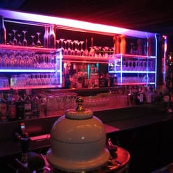 swingers bars clubs in leeds